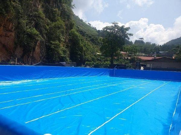 Nước hồ bơi trong xanh nhờ sử dụng máy IC