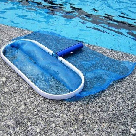 Vợt vớt rác hồ bơi bằng nhôm bền đẹp và chắc chắn hơn mà không gây trầy xước cho bể