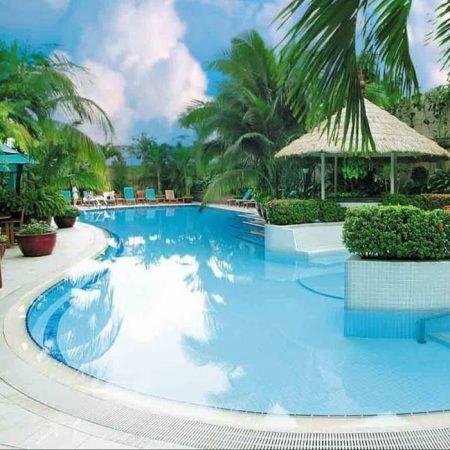 Bể bơi sang trọng và sạch sẽ hơn nhờ gạt thoát tràn HD-002