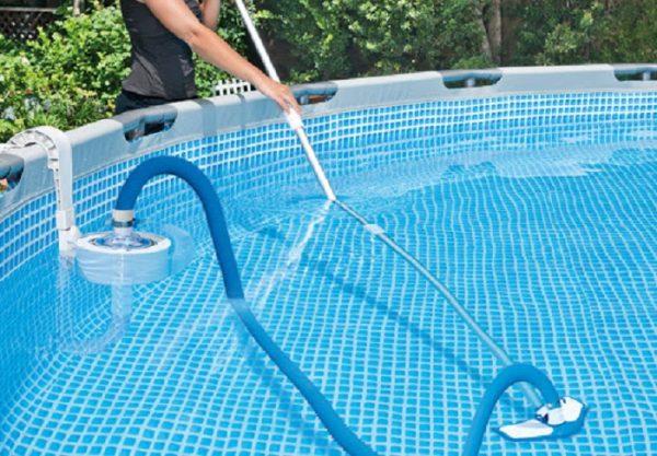 Các thiết bị vệ sinh hồ bơi HCM công ty cung cấp